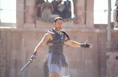 Still of Russell Crowe as Maximus in Gladiator (2000)