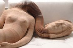 Li Hongbo - flexible paper sculptures