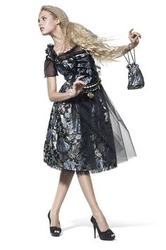 Ophelia Blaimer - Couture - Dirndl - Dans les jardins - Königin der Nacht