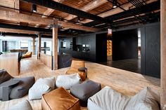 those architects develop spacious loft office for financial company in chicago Corporate Office Design, Office Interior Design, Home Office Decor, Office Interiors, Office Designs, Office Ideas, Office Furniture, Furniture Ideas, Loft Office