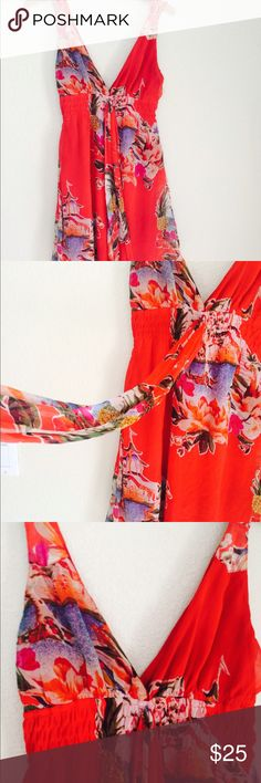 F21 Tropical Print Red Dress Gently used, beautiful tropical print , sash on front can be used to tie a bow/tie behind/multifunctional Forever 21 Dresses Midi