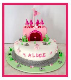 Bolo Menina Castelo Princesas  Rosa Cakedesign  Cake