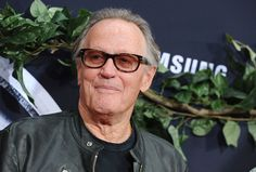 Peter Fonda Dead at 79 After Respiratory Failure from Lung Cancer: 'Please Raise a Glass to Freedom' — People Henry Fonda, Jane Fonda, Bridget Fonda, Film World, Nancy Sinatra, Lung Cancer, Easy Rider, Hollywood Icons, Her Brother