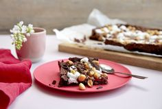 Rocky Road Brownies Rocky Road Brownies, Brownie Cookies, Crunches, Marshmallows, Panna Cotta, Waffles, Oatmeal, Pudding, Sweets