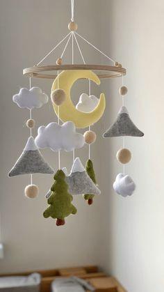 Baby Crib Mobile, Baby Cribs, Baby Mobile Felt, Forest Nursery, Woodland Nursery, Woodland Mobile, Diy Mobile, Crochet Baby Mobiles, Crochet Mobile