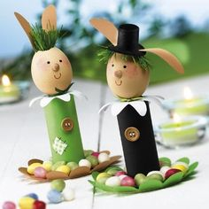 Tojásból nyuszik About Easter, Rubrics, Crafts For Kids, Bunny, Christmas Ornaments, Holiday Decor, Spring, Creative, Easter Ideas