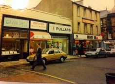 Chelsea Girl in Kirk Wynd, Falkirk - where Angela wishes she could shop in like Lorraine.  (pic courtesy of David Mackintosh).