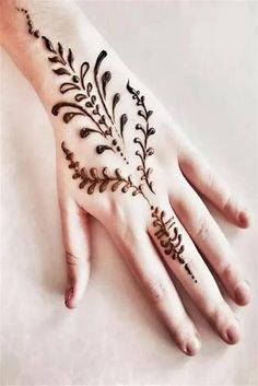 1433 Henna Tattoo Designs Images - 100 Wedding Henna Designs on Hand for Brides. this is the best henna tattoo pictures assortment with different example. Bridal Mehndi Images, Wedding Henna Designs, Unique Mehndi Designs, Wedding Mehndi, Latest Mehndi Designs, Mehndi Designs For Hands, Mehndi Tattoo, Henna Tattoo Designs, Mehndi Art