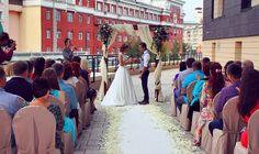 """Любовь - это главное! Сегодня в отеле #DominaNovosibirsk состоялась стильная европейская свадебная церемония. Пример заразителен?:) Для вас мы также готовы создать сказку """"под ключ"""" - от торжественной церемонии до свадебного банкета в #Tartuforesto. А свадебный номер мы вам с удовольствием подарим! Звоните: +7(383)319-85-55 или пишите нам на event.nsk@dominarussia.com…"""