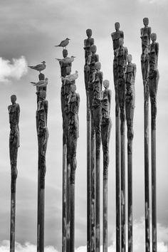 "ronbeckdesigns:""headstand"" by Peter Pfeiffer"