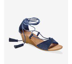 Džínsové sandále so šnurovaním, na kline Shoes, Fashion, Moda, Zapatos, Shoes Outlet, Fashion Styles, Shoe, Footwear, Fashion Illustrations