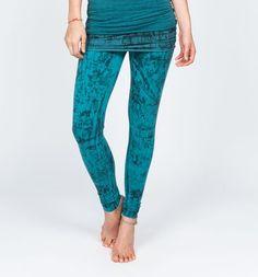 OmGirl Nomad Legging. Seek adventure with style. #LookFeelLive