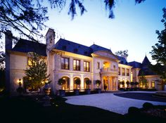Le Grand Reve of Winnetka, IL - facade, driveway Foyers, Villas, Expensive Houses, Exterior Lighting, My Dream Home, Dream Homes, Dream Life, Future House, Interior And Exterior
