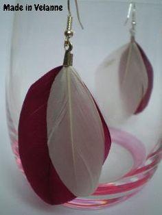 Boucles d'oreille plumes blanches et prunes