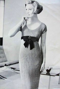 Hey, I found this really awesome Etsy listing at https://www.etsy.com/listing/117992961/instant-pdf-pattern-1950s-crocheted-slim