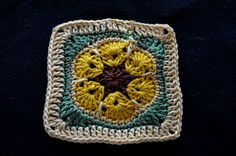 Art Threads: Sunflower Granny Square