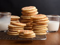 TerrificChewy Sugar Cookies Recipe : easiest cookie recipe ever. I made one batch with sprinkles and one with M&Ms…super simple and yum! The post Chewy Sugar Cookies Recipe : easiest cookie recipe ever. I made one batch with s… appeared first on Recipes . Food Network Sugar Cookie Recipe, Chewy Sugar Cookie Recipe, Sugar Cookie Frosting, Food Network Recipes, Sugar Sprinkles, Easy Christmas Cookie Recipes, Easy Cookie Recipes, Holiday Cookies, Holiday Recipes
