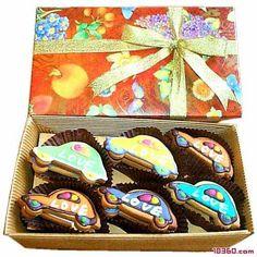 AweZome car shaped cookies!