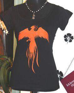 Boatneck T-Shirt mit Druck Feuer Phönix Gr. von TachinedasCreative