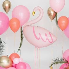 Our flamingo balloon @cherrybyazhar