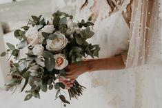 Fun and Whimsical Beachside Wedding – Ellwed's Best Wedding of 2018 Last Minute Wedding, Wedding Day, Got Married, Getting Married, Multicultural Wedding, Greece Wedding, Wedding Coordinator, Maid Of Honor, Flower Designs
