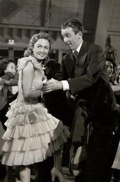 Donna Reed & James Stewart It's a Wonderful Life (1946)