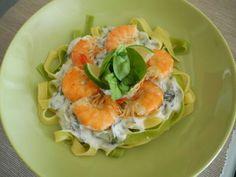 Tagliatelle cu creveti si ricotta - Bio Talk Fresh Rolls, Ricotta, Homemade, Ethnic Recipes, Food, Home Made, Diy Crafts, Meals, Hand Made