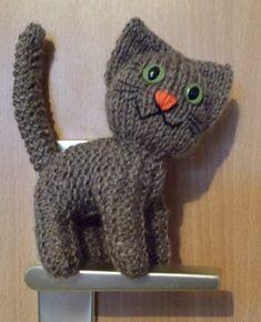 ZDARMA - návody | Návody na háčkované hračky Diy Home Decor, Dinosaur Stuffed Animal, Barbie, Knitting, Handmade, Animals, Crocheting, Crochet, Hand Made