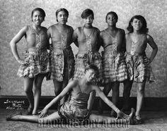 https://flic.kr/p/bkNuEZ | Vaudeville Show Girls| 1920s | A group of vaudeville era showgirls (Effie Moore & Troupe) strike a pose for the camera. Addison Scurlock (1883-1964), photographer. Scurlock Studio Records, Archives Center, National Museum of American History.  Find Us On Twitter | Facebook | Tumblr