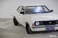 Ford Cortina TC1 My Dream Car, Dream Cars, Cars Uk, Old School Cars, Ford Classic Cars, Old Fords, Weird Cars, Tuner Cars, Car Ford