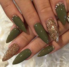 ❄ Nails, Nails, Nails ❄