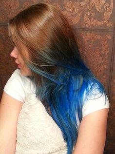 Lola Dama: Niebieskie szaleństwo - włosy ombre