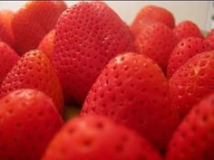 How to:  Freeze Strawberries