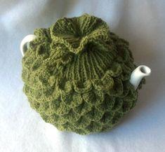 Tea pot Cozy - Teapot Cozy Crocodile stitch in green apple wool