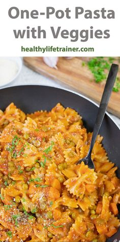 Pasta with veggies is an easy and great way to make the most out of the fresh veggies you have in the fridge.