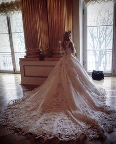 You look lovely today : Photo Rapunzel Wedding Dress, Princess Wedding Dresses, Wedding Gowns, Unusual Wedding Dresses, Wedding Dress Styles, Ball Gown Dresses, Bridal Dresses, Fairytale Gown, Russian Wedding