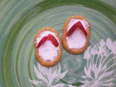 Gear up for summer parties with these colorful, edible flip flops!