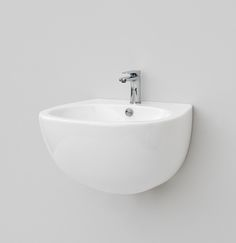 File 2.0, design Meneghello Paolelli Associati. #TheArtceram   wall-hung washbasin 60x50