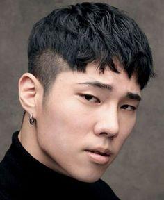 Asian Men Short Hairstyle, Asian Man Haircut, Mens Hairstyles Fade, Haircuts For Men, Straight Hairstyles, Asian Hairstyles, Japanese Hairstyles, Asian Hair Men, Men Short Hair Fade