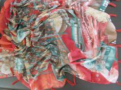 DIGITAL Druck Bommelschal Schultertuch Pali mit Bommeln Pompons Rot Hijab Amira
