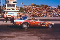 Farkonas, Coil and Minick Chi-Town Hustler vs. Norm's Super Charger at Rockford, 19 Funny Car Drag Racing, Real Racing, Funny Cars, Auto Racing, Jungle Jim's, 1969 Dodge Charger, Vintage Humor, Vintage Cars, Drag Cars
