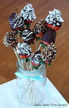 Although chocolate covered strawberries are litterally one of the easiest and cheapest desserts to make, they appear way fancier than they really are. I think it's simply because they look so gorgeous dipped in chocolate that it makes them seem impressive.One batch of these honestly takes me 20 minutes to make and they look professional! …
