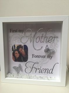 Creative DIY Shadow Box to Surprise Beloved Ones & Beautify Home Interior Flower Shadow Box, Diy Shadow Box, Shadow Box Frames, Box Frame Ideas Diy Crafts, Diy Frame, Mothers Day Crafts, Mother Day Gifts, Craft Gifts, Diy Gifts