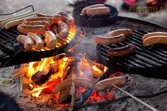 At least one sausage in the summer. Scandinavian Food, Outdoor Life, Country Living, Happy Holidays, Summertime, Food And Drink, At Least, Baking, Sausages