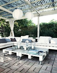 outdoor pallet wood tables and sofas outdoor