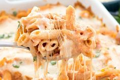 Easy Baked Penne - this easy pasta casserole is FULL of cheese! It's accidentally vegetarian and no one will know it's semi-homemade! Get the recipe here! Baked Penne Pasta, Penne Pasta Recipes, Vegetarian Pasta Recipes, Pasta Dishes, Cooking Recipes, Tuna Recipes, Crockpot Recipes, Vegan Recipes, Pasta Casserole