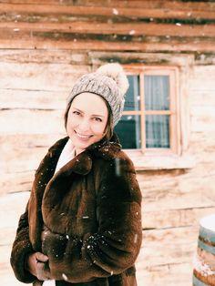 Urskastyle - Winter Portraits Winter Hats, Portraits, Fashion, Moda, Fashion Styles, Head Shots, Portrait Photography, Fashion Illustrations, Portrait Paintings
