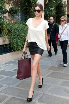 Love the torn tshirt look! Once its paired with the right skirt, it can still look upbeat!