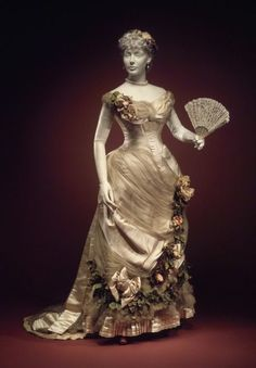 Evening dress House of Worth 1890 - Google Search