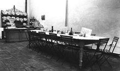Dit zijn enkele van onze partners: Antiques & Design: We kunnen niet met alle eer gaan strijken voor het warme, gezellige interieur van onze winkels. Le Pain Quotidien werkt samen met Antiques & Design, de meubelmaker van de allereerste gemeenschappelijke tafel, voor al onze interieurs. Antiques & Design, een Belgisch bedrijf, is gespecialiseerd in de rustieke, landelijke, romantische stijl inrichting waar wij zo dol op zijn bij Le Pain Quotidien.